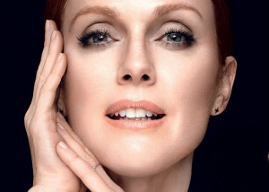 Julianne Moore for L'oreal